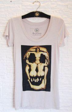 T-Shirt em homenagem ao ícone do Surrealismo Salvador Dali #temnoairu
