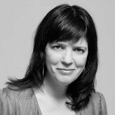Élise Desaulniers auteure québécoise des livres Vache à lait et Le défi végane. Féministe et végane, elle est aussi une femmesansenfant.com!