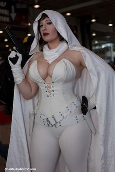 dtjaaaam: Ghost - New York Comic Con 2012 Elisa Cameron lives...