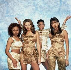 When Destiny's Child dressed like this. | 15 Unforgivable Moments From The Late '90s/Early '00s Chinese Fashion Trend