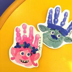 trolle-basteln-handabdrücke-kinder