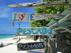 driftwood beach signs in Los Roques, march2013