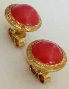 Catawiki online auction house: 18 kt. Gold - Earrings - 3.00 ct Natural Coral Antique Earrings, Gold Earrings, Antique Jewelry, Vintage Jewelry, Coral Jewelry, Rose Gold Jewelry, Gold Jewellery, Art Nouveau Jewelry, Jewelry Art