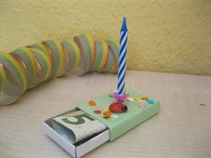 Excellent Free Birthday Candles box Ideas Through anniversaries so that you can birthdays, each and every year many of us collect to Birthday Rewards, Birthday Presents, Happy Birthday, Free Birthday, Birthday Box, Homemade Gifts, Diy Gifts, Cash Gifts, Cadeau Surprise