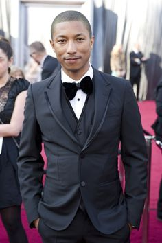 Pharrell! I hardly recognize without a hat!!