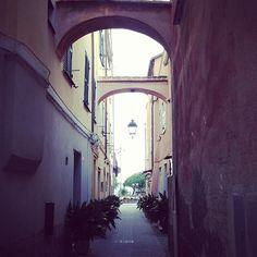 Il borgo di #Ceriale (#Savona, #Liguria) [in tempo reale da #Instagram]