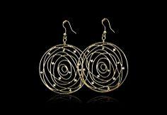Stunning disc earrings #BeGlamWithGold #Gold #Earrings