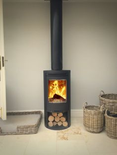 Contura 510 twin wall flue in conservatory.jpg