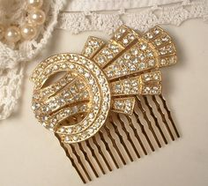 1920s - 1930s Art Deco Rhinestone Gold Bridal Hair Comb, TRUE Vintage Heirloom Fur Clips OOAK Haircomb Downton Abbey. $95.99, via Etsy.