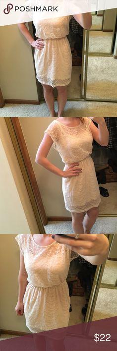Blush Lace dress Blush lace dress. Size small. Cinches at waist Dresses