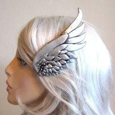 wing clip ~I want two of these for some cosplay ideas