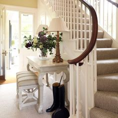 Entry Long Hallway Decorating Good Ideas - Artistic Home Decor Entry Stairs, Entrance Foyer, Entry Hallway, Entrance Halls, Long Hallway, Hallway Ideas, Hallway Colors, Grand Entrance, Entryway Bench