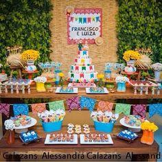 Bolo de festa de casamento junina 1 Year Old Birthday Party, 30th Party, Boy Birthday, Birthday Parties, Lake Cake, Chocolate Fountains, Farm Party, Ideas Para Fiestas, Fiesta Party