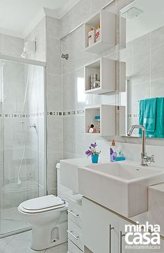 Plan a small bath - find the place for everything you need in your bathroom - Home Decors Ideas 2020 Bathroom Interior, Modern Bathroom, Small Bathroom, Bathroom Laundry, Bad Inspiration, Bathroom Inspiration, Decoration Design, House Rooms, Small Apartments