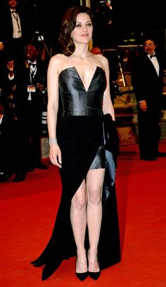 All the Glamour, Glitz and Gowns from the Cannes 2016 Red Carpet   People - Marion Cotillard in a plunging strapless black dress