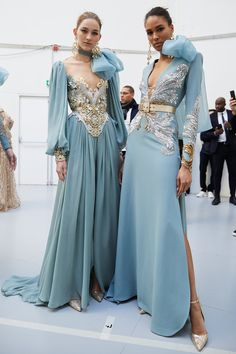 couture fashion Elie Saab at Couture Spring 2020 - Backstage Runway Photos Dior Haute Couture, Elie Saab Couture, Christian Dior Couture, Givenchy Couture, Dress Couture, Christian Lacroix, Couture Outfits, Elie Saab Spring, Dior Dress