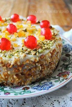 Sicilian cake with ricotta cream - torta siciliana con crema di ricotta