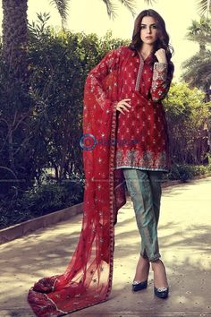 Maria B D10B Lawn 2017 Price in Pakistan famous brand online shopping, luxury embroidered suit now in buy online & shipping wide nation..