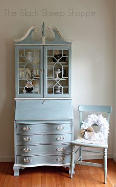 Vintage Furniture Vintage secretary desk and chair painted in Duck Egg Blue. - I painted this desk about years ago but am just now getting around to posting pictures. I use it everyday and really like it as my new office sp… Upcycled Furniture, Furniture Projects, Furniture Makeover, Vintage Furniture, Furniture Decor, Furniture Design, Desk Makeover, Steel Furniture, Distressed Furniture