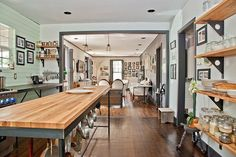 cabinetless kitchen pics | Eclectic Home in Austin, Texas