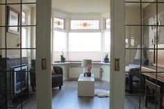 woonkamer met voorkamer