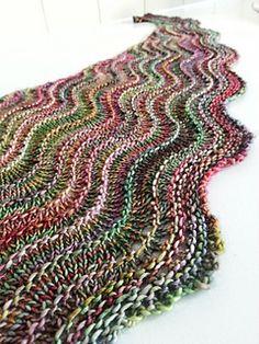 Knitting Patterns Ravelry Ravelry: MrsDanvers& sea line shawl Knitting Stitches, Knitting Patterns Free, Free Knitting, Kids Knitting, Knitting Machine, Knitting Charts, Knitting Projects, Knitted Shawls, Crochet Scarves