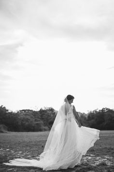 REAL BRIDE { Flávia + Andre } | ECO-Rustic AUDREY HEPBURN wedding gown in cotton lace by A MODISTA | photo Lia Soares |   Rio De Janeiro . RJ