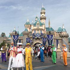 Good times at Disney! #disneyland #anaheim #marypoppins #magic #besttime #takemeback #cali #castle by pippa_lilly