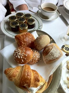 Breakfast at Le Meurice Paris - French Country and Fat Bottom Girls