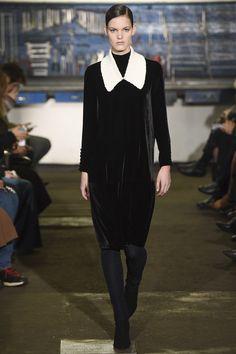 Arthur Arbesser Fall 2016 Ready-to-Wear Collection Photos - Vogue