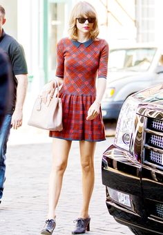 Taylor out in NYC // August 14, 2014