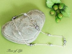 DOUBLE WRAP AROUND PEARL AND BEAD CHAIN BRACELET