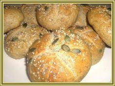Kouzelná vařečka: Celozrné housky Bagel, Bread Recipes, Hamburger, Muffin, Cooking, Breakfast, Food, Fitness, Essen