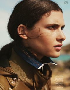 Harper's Bazaar UK October 2014 | Iana Godnia por Ben Weller