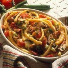 Pasta with eggplant Cookbook Recipes, Cooking Recipes, Cooking Food, Greek Beauty, Food N, Greek Recipes, No Cook Meals, Japchae, Eggplant