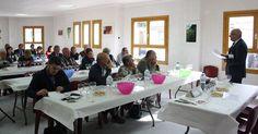 Diez bodegas de Castellón participarán en el Encuentro Internacional de Vino de Benlloch junto a los vinos de Francia https://www.vinetur.com/2014103117212/diez-bodegas-de-castellon-participaran-en-el-encuentro-internacional-de-vino-de-benlloch-junto-a-los-vinos-de-francia.html