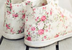 Shabby Chic Shoes...Gotta Love Em!