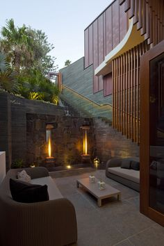 Contemporary Style Home On The Coast by Turner Architects | World of Architecture