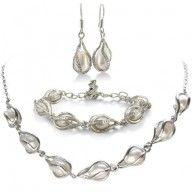 Unusual Freshwater #Pearl Set, #Necklace, #Bracelet and #Earrings