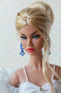 Barbie Doll Hairstyles, Barbie Hair, Barbie Clothes, Beautiful Barbie Dolls, Pretty Dolls, Fashion Royalty Dolls, Fashion Dolls, Barbie Model, Barbie Style