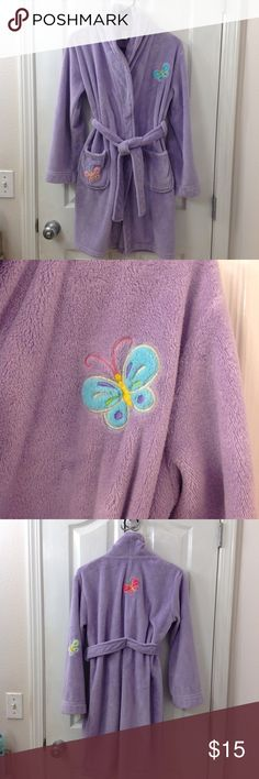 🦋Girl's Butterfly Robe🦋 Soft and purple, this is the perfect girl robe. She can wear around the house or at the pool. Adorable! Xhilaration Pajamas Robes