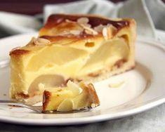 Flan aux poires au thermomix Sweets Cake, Cookie Desserts, Fun Desserts, Dessert Recipes, Pie Recipes, Sweet Recipes, Cooking Recipes, Thermomix Desserts, French Desserts
