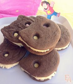 "Food Adventures (in fiction!): Cookie Cat Ice Cream Sandwiches from ""Steven Universe"""