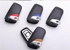 Husa cheie BMW Original din piele iti va proteja cheia masini in situatiile neplacute si te scapa de zgarieturile inevitabile ale telecomenzii sau cheii BMW