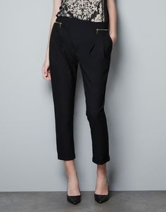 TROUSERS WITH ZIP POCKETS