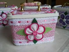 Kids Crafts, Sewing Projects, Diy Projects, Wipes Case, Pop Bottles, Hat Boxes, Altered Bottles, Clay Pots, Recycled Materials