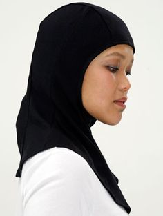 Capsters Basic hijab  (photo copyright: Peter Stigter)