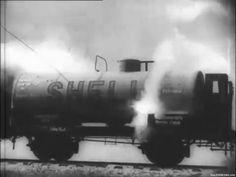 Железнодорожная цистерна SHELL, обстрелянная белорусскими партизанами во время диверсии. 1942-43 гг.