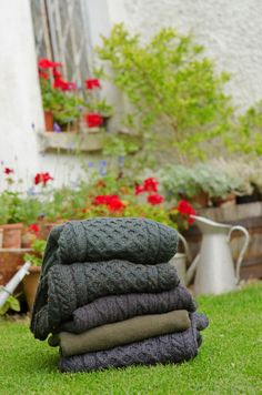 trends for snuggly material in interiors and fashion for 2015