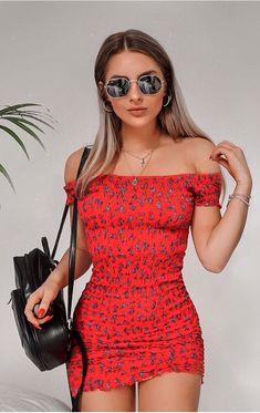 Que tipo de calçado combina com vestido curto? #vestidocurto